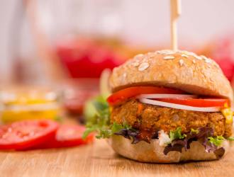 Burgers aux haricots et avoine BBQ