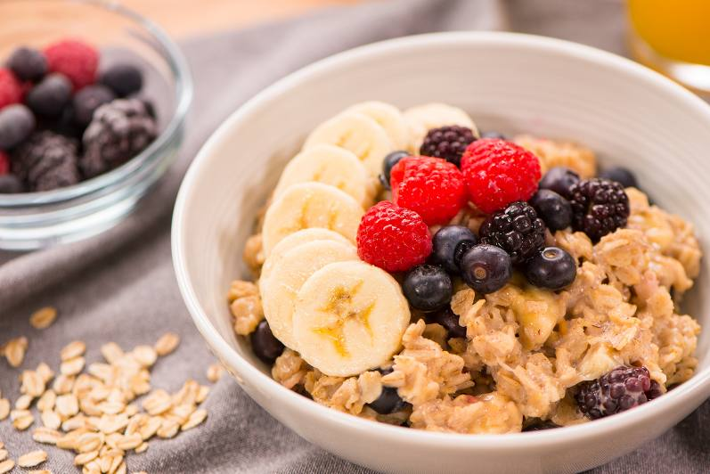 Banana Berry Oatmeal